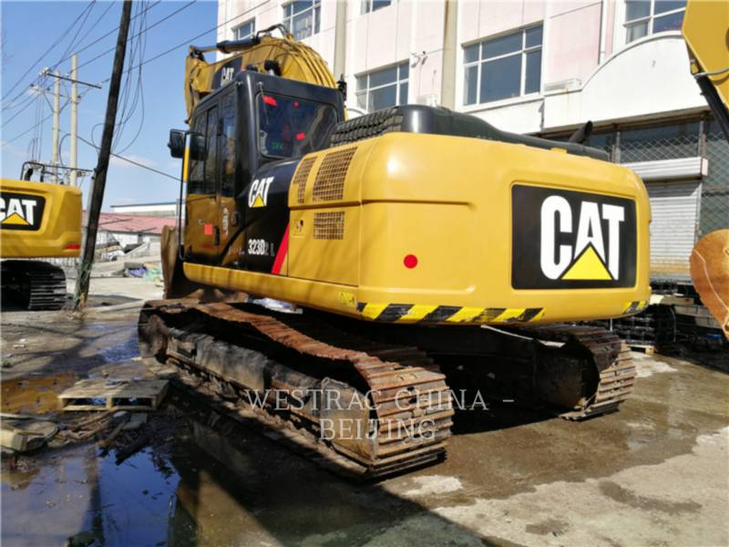 CATERPILLAR TRACK EXCAVATORS 323D2L equipment  photo 3