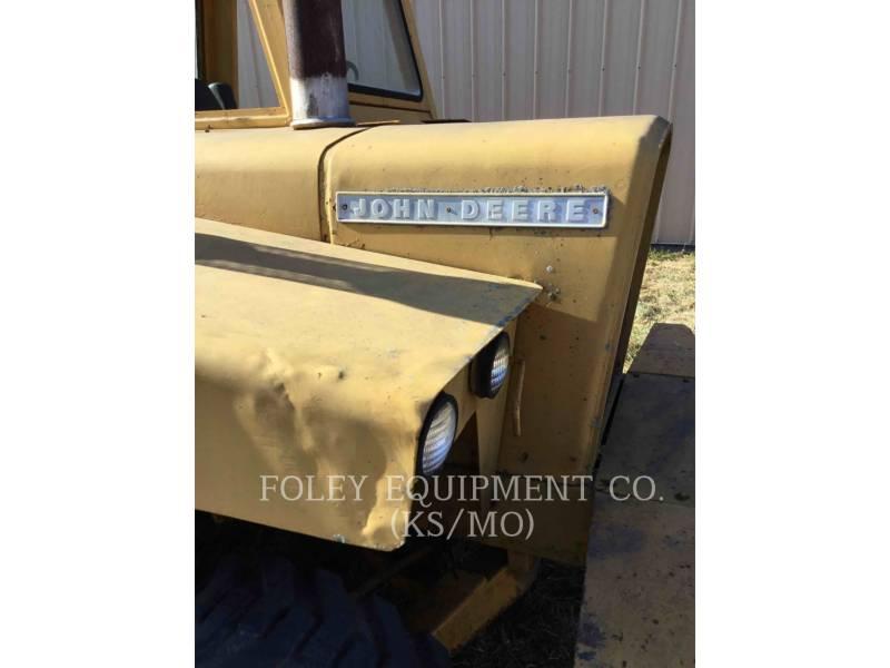 JOHN DEERE WHEEL TRACTOR SCRAPERS 760A equipment  photo 22
