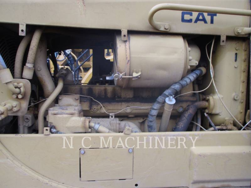CATERPILLAR TRACK TYPE TRACTORS D6D equipment  photo 9