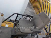 CATERPILLAR PAVIMENTADORA DE ASFALTO AP-655D equipment  photo 9