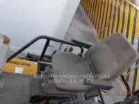 CATERPILLAR PAVIMENTADORES DE ASFALTO AP-655D equipment  photo 9