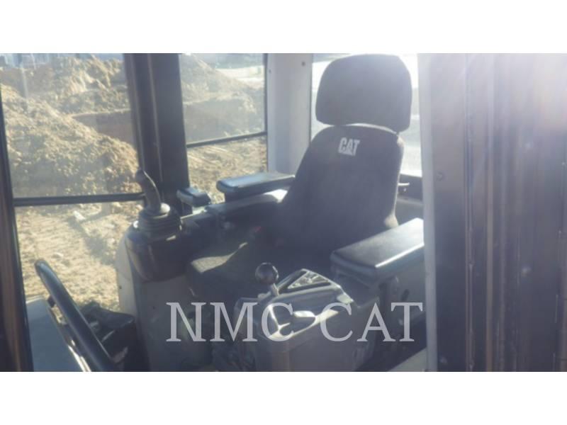 CATERPILLAR 履帯式ローダ 963D equipment  photo 5