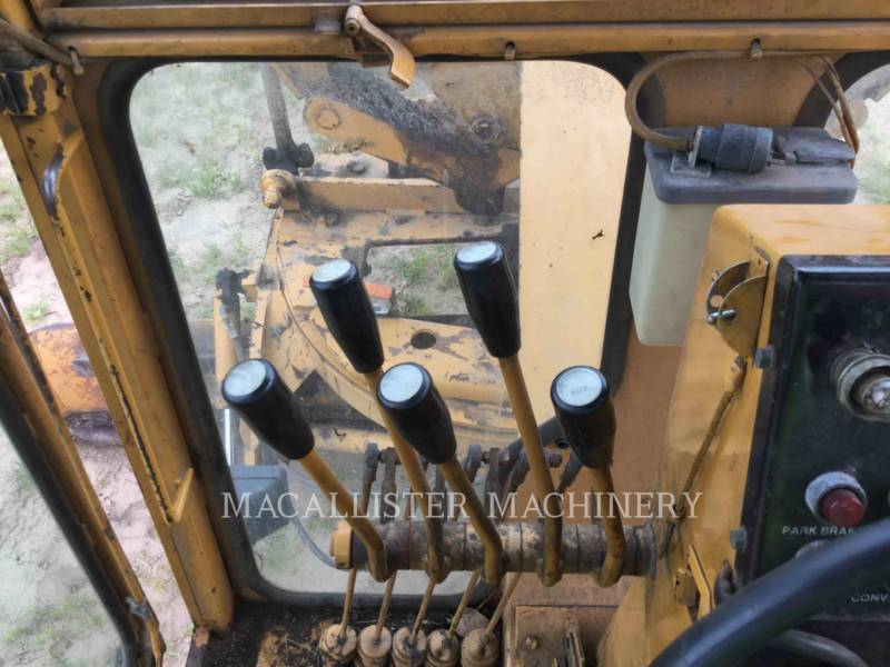 DRESSER MOTOR GRADERS A550 equipment  photo 15