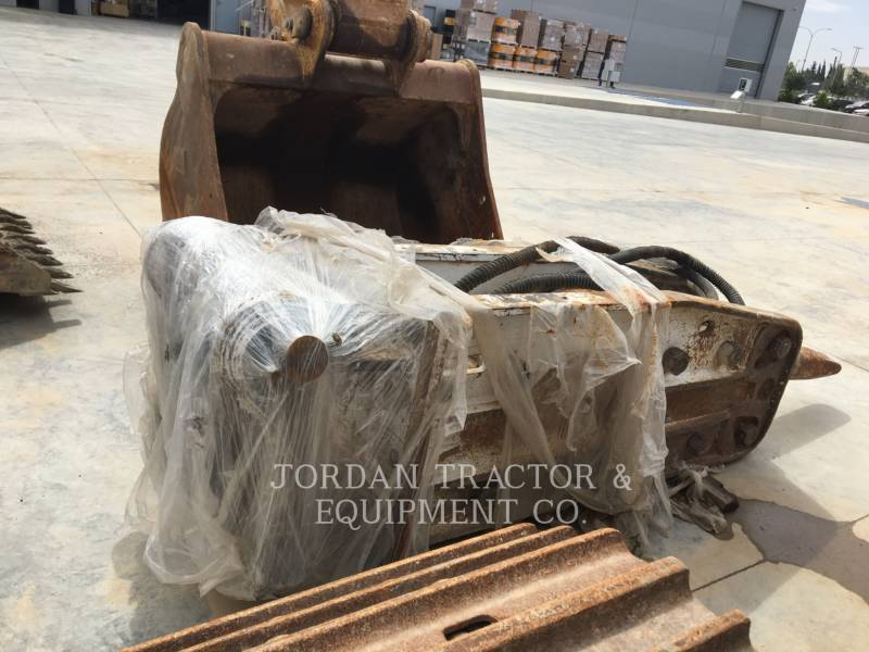 COMPETITIVE TRAILER EQUIPO VARIADO / OTRO KOMAC BREAKER equipment  photo 1