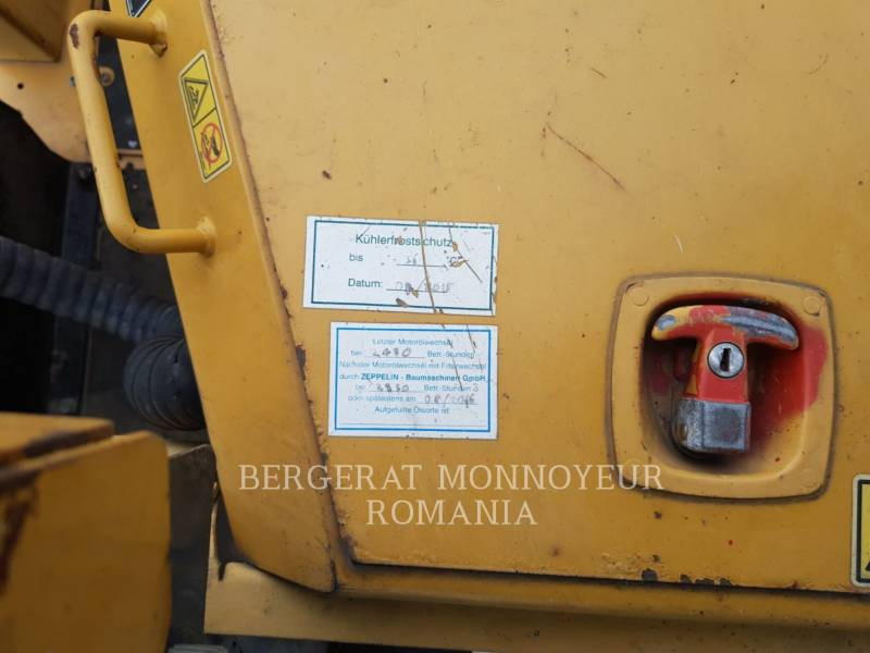 CATERPILLAR ROZŚCIELACZE DO ASFALTU AP-655D equipment  photo 5