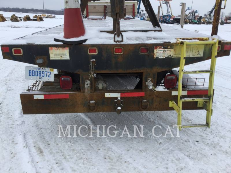 FREIGHTLINER ON HIGHWAY TRUCKS FL112 equipment  photo 14