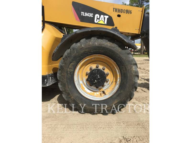 CATERPILLAR TELEHANDLER TL943C equipment  photo 13