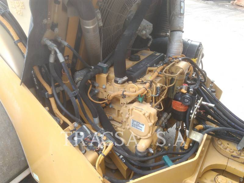 CATERPILLAR TAMBOR DOBLE VIBRATORIO ASFALTO CB-564D equipment  photo 10