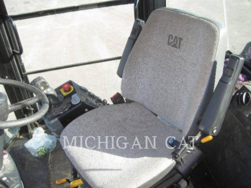 CATERPILLAR VIBRATORY DOUBLE DRUM ASPHALT CD54 equipment  photo 6
