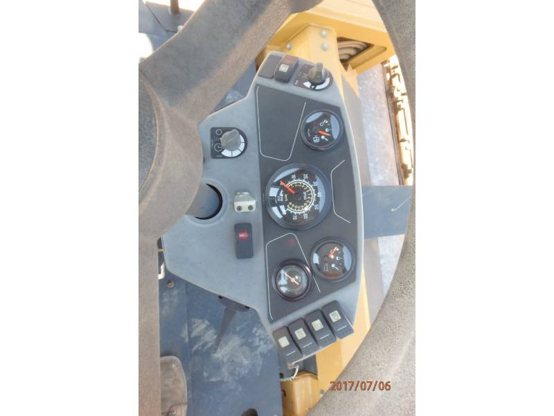 CATERPILLAR TANDEMVIBRATIONSWALZE, ASPHALT CB64 equipment  photo 15