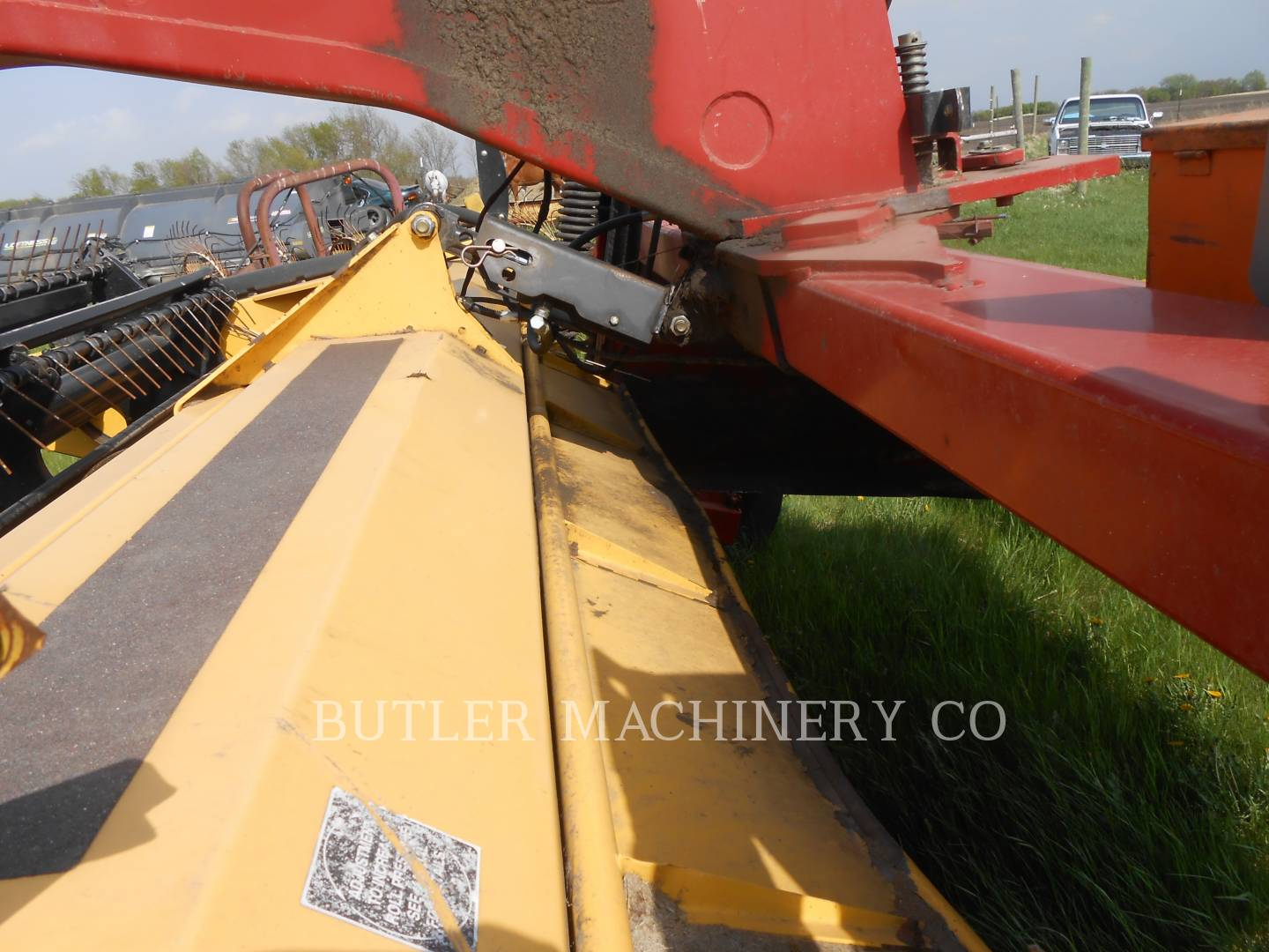 Detail photo of 2004 Ford 1475 from Construction Equipment Guide