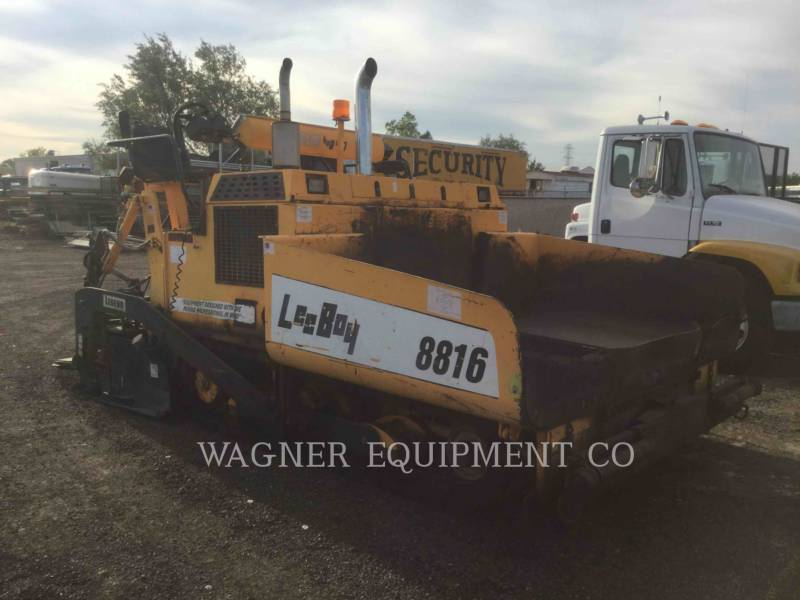 LEE-BOY FINISSEURS L8816 T equipment  photo 2
