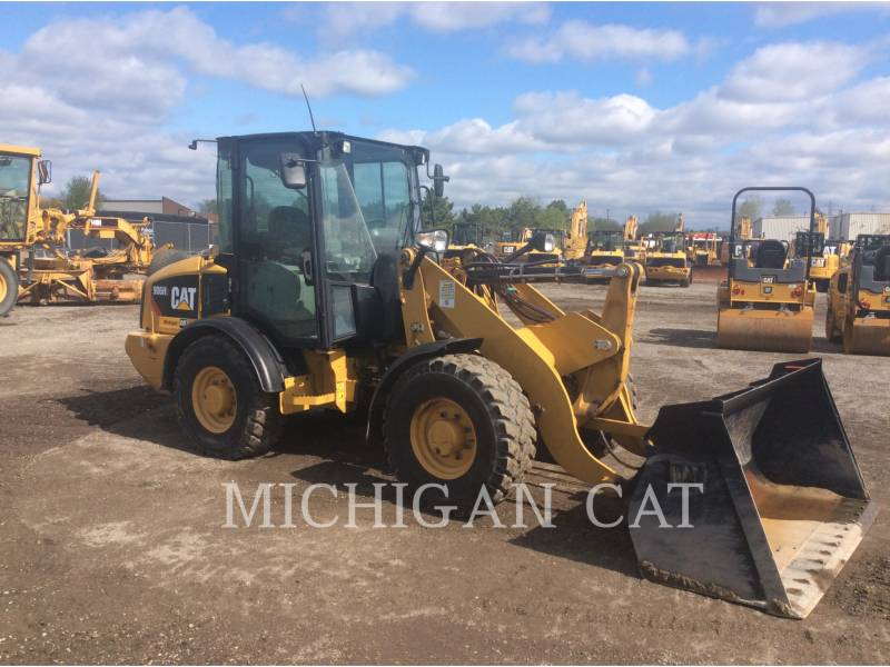 CATERPILLAR CARGADORES DE RUEDAS 906H2 C equipment  photo 1