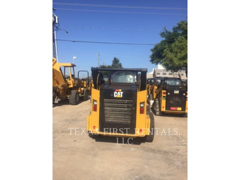 CATERPILLAR SKID STEER LOADERS 272 D XHP equipment  photo 2