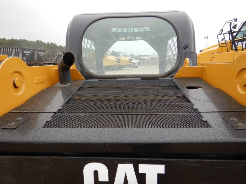CATERPILLAR DELTALADER 239D equipment  photo 18