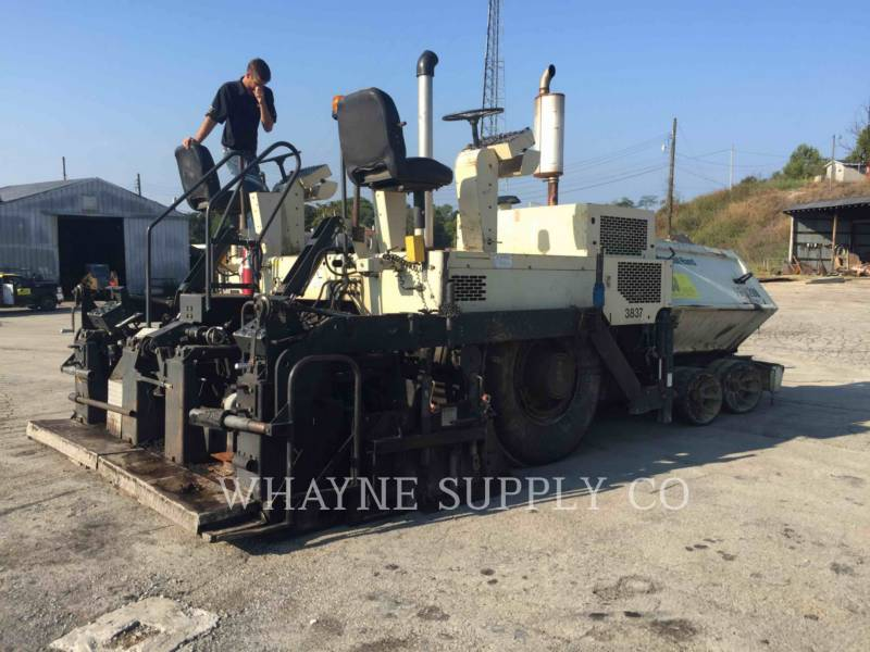BLAW KNOX / INGERSOLL-RAND ASPHALT PAVERS PF3200 equipment  photo 22