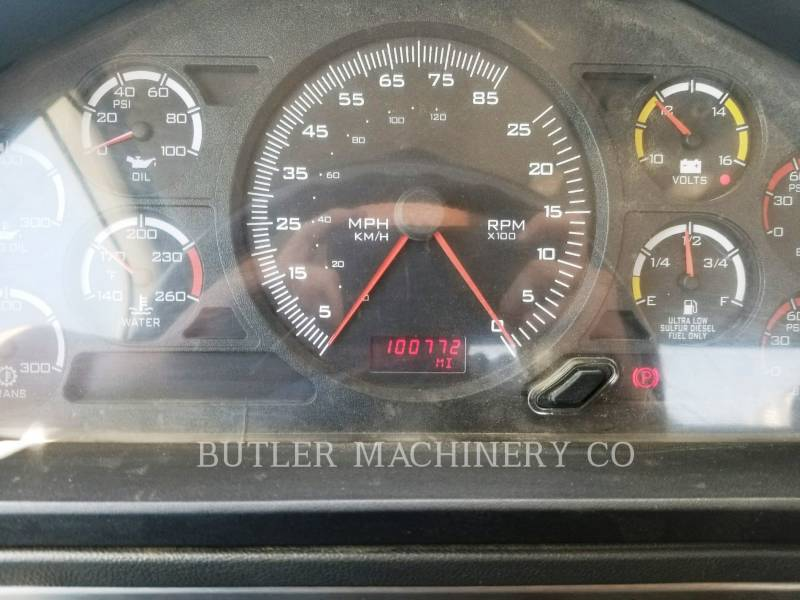 CATERPILLAR CAMIONS ROUTIERS CT660 equipment  photo 6