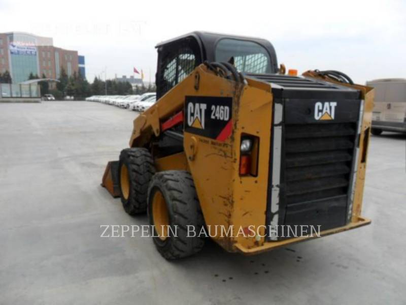 CATERPILLAR CHARGEURS COMPACTS RIGIDES 246 equipment  photo 2