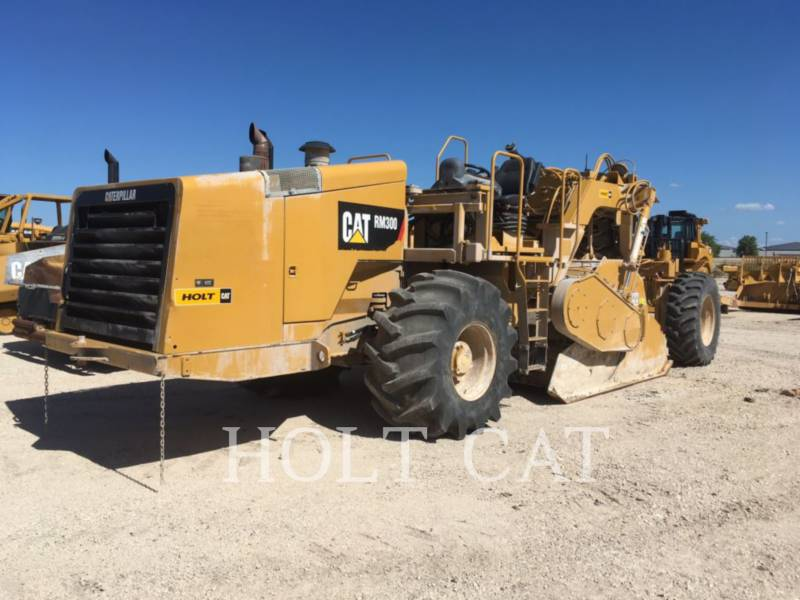 CATERPILLAR ESTABILIZADORES / RECUPERADORES DE CAMINOS RM-300 equipment  photo 1