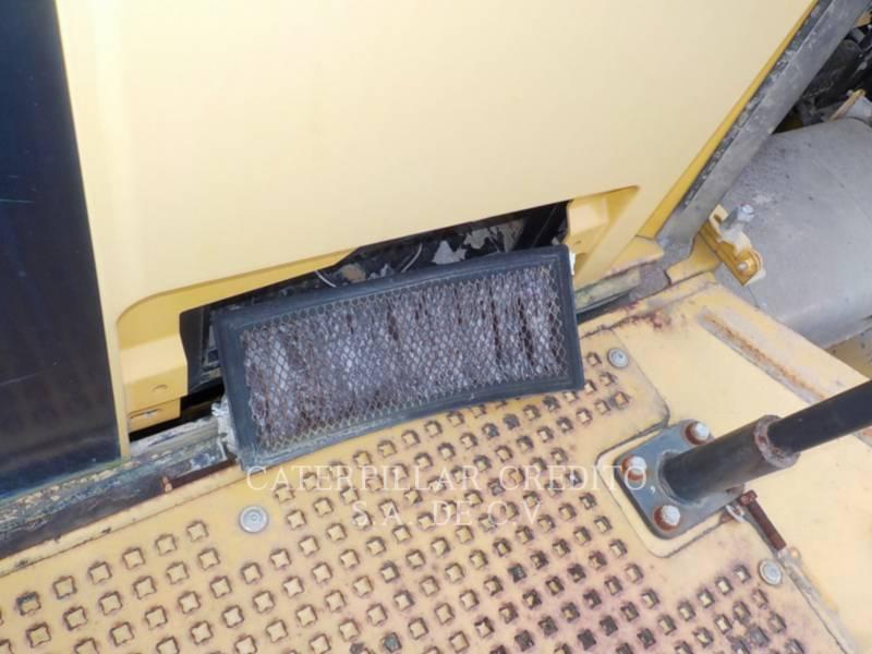 CATERPILLAR CAMIONES ARTICULADOS 735B equipment  photo 19
