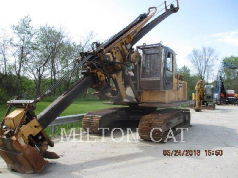 JOHN DEERE HERRAMIENTA: DESRAMADOR 200C LC equipment  photo 1
