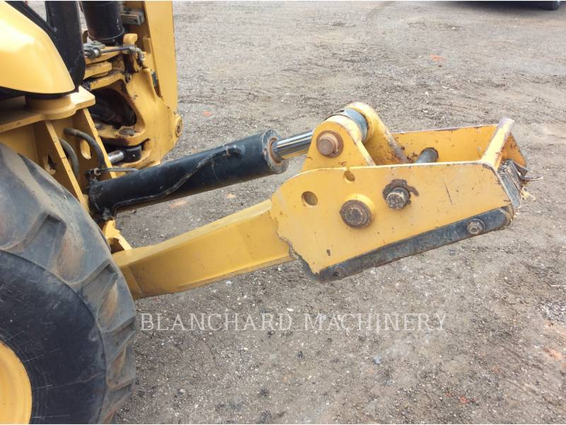 CATERPILLAR BAGGERLADER 420FIT equipment  photo 10