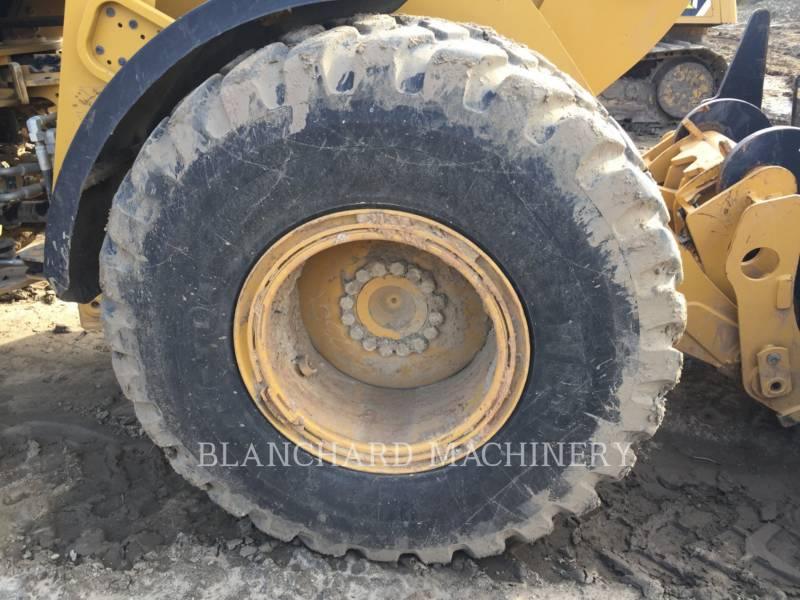 CATERPILLAR CARGADORES DE RUEDAS 926M equipment  photo 12