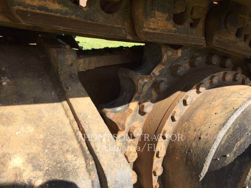 JOHN DEERE PELLES SUR CHAINES 270DL equipment  photo 14