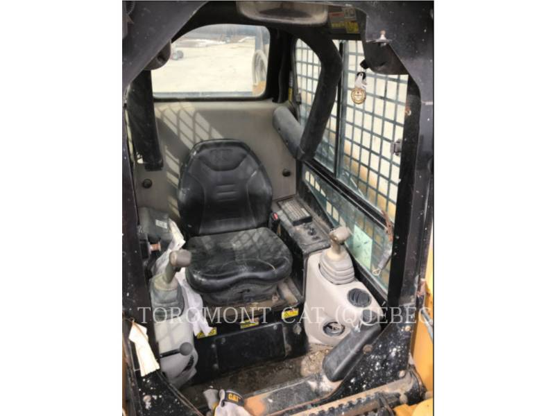 CATERPILLAR CHARGEURS COMPACTS RIGIDES 252B equipment  photo 10