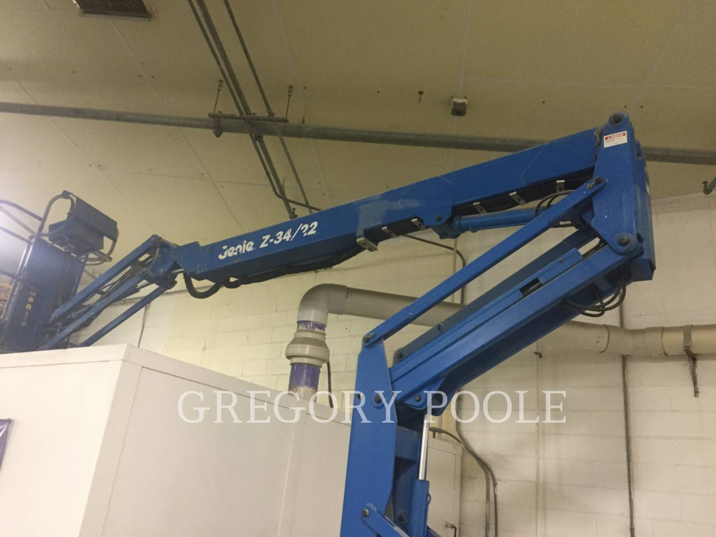 Detail photo of 2000 Genie Z34/22-N from Construction Equipment Guide