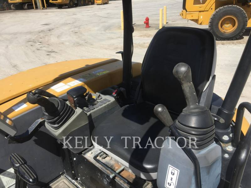 CATERPILLAR TRACK EXCAVATORS 305.5ECR equipment  photo 13