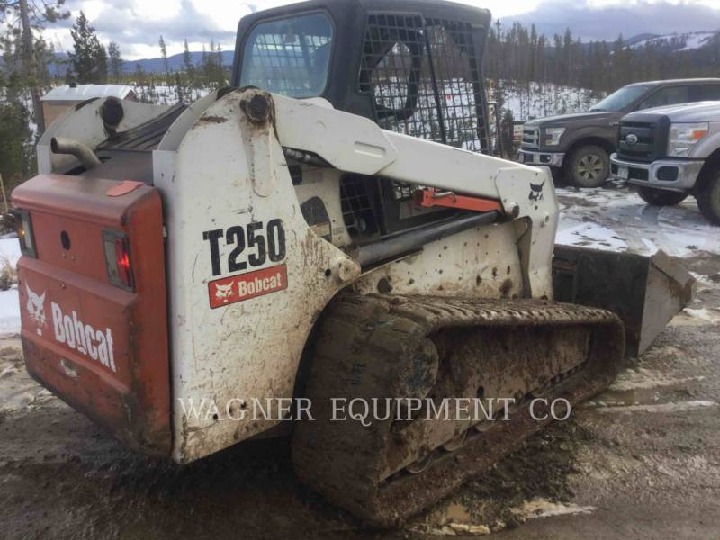 BOBCAT スキッド・ステア・ローダ T250 equipment  photo 3