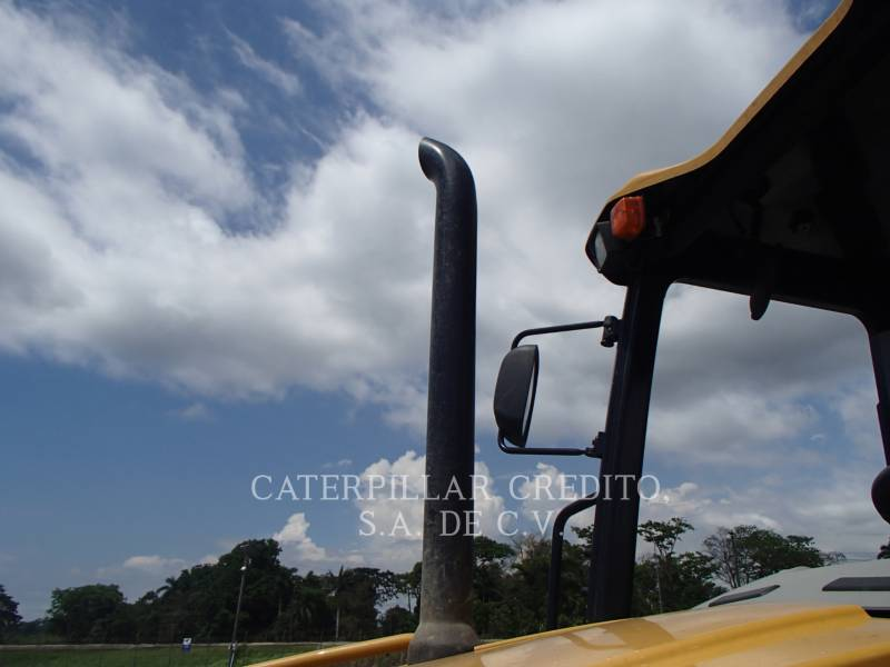 CATERPILLAR BACKHOE LOADERS 416F2STLRC equipment  photo 12