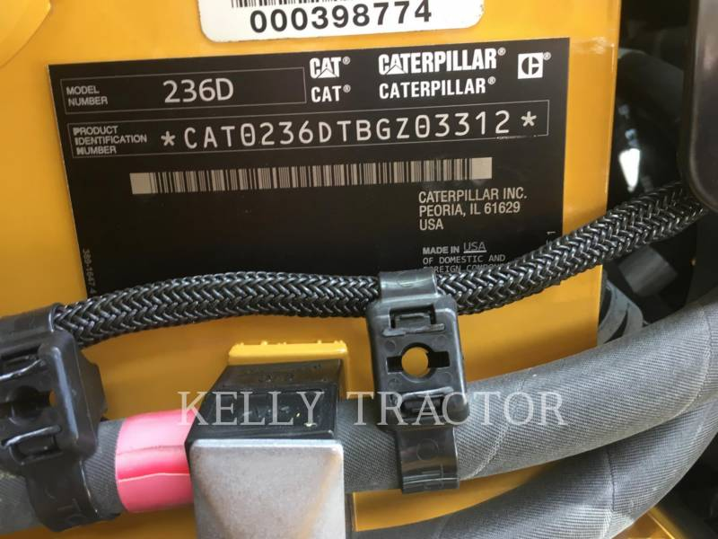 Caterpillar MINIÎNCĂRCĂTOARE RIGIDE MULTIFUNCŢIONALE 236D equipment  photo 18