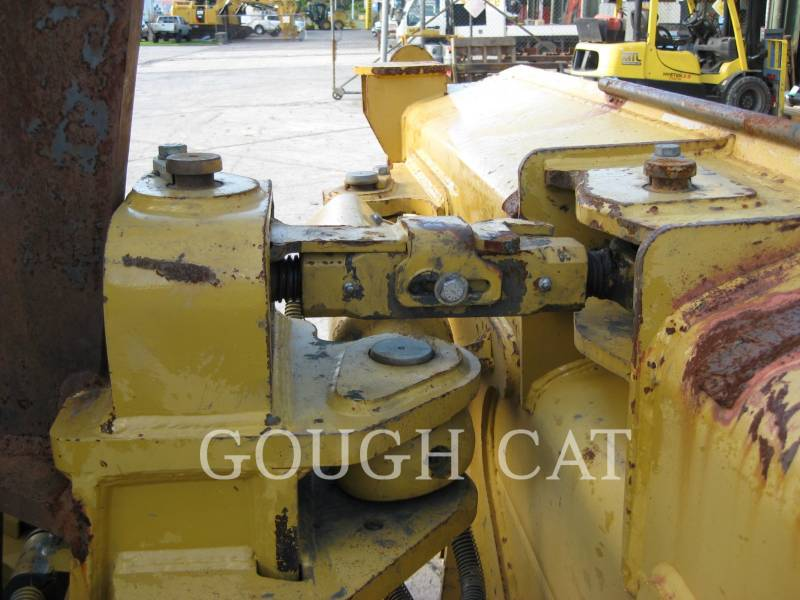 CATERPILLAR CIĄGNIKI GĄSIENICOWE D6TXLVP equipment  photo 10