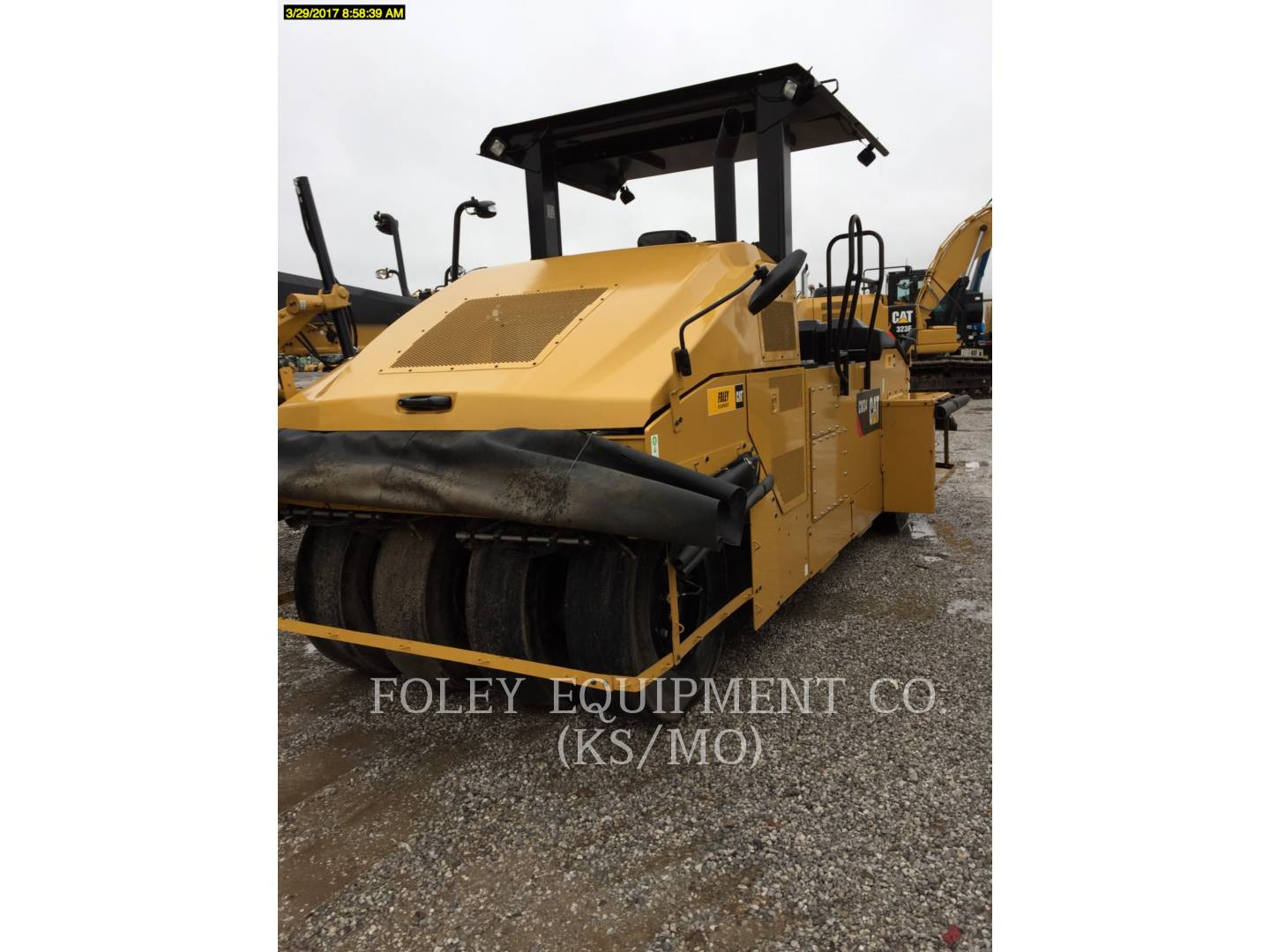 Detail photo of 2014 Caterpillar CW34 from Construction Equipment Guide