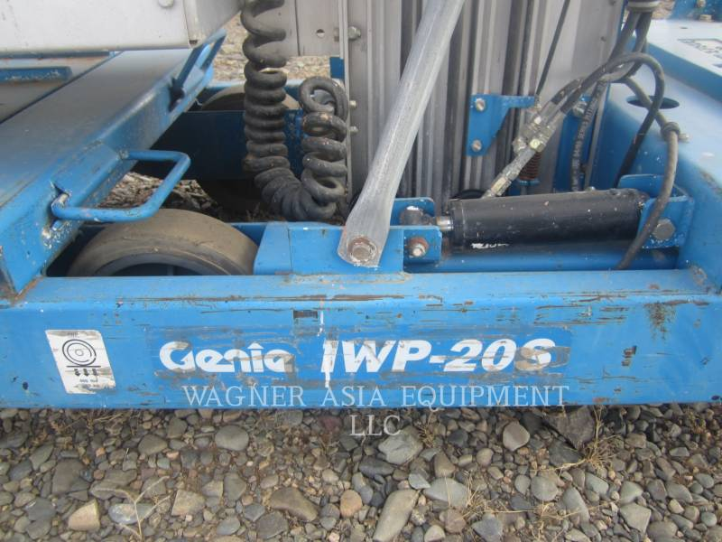 GENIE INDUSTRIES LEVANTAMIENTO - TIJERA IWP-20S equipment  photo 4
