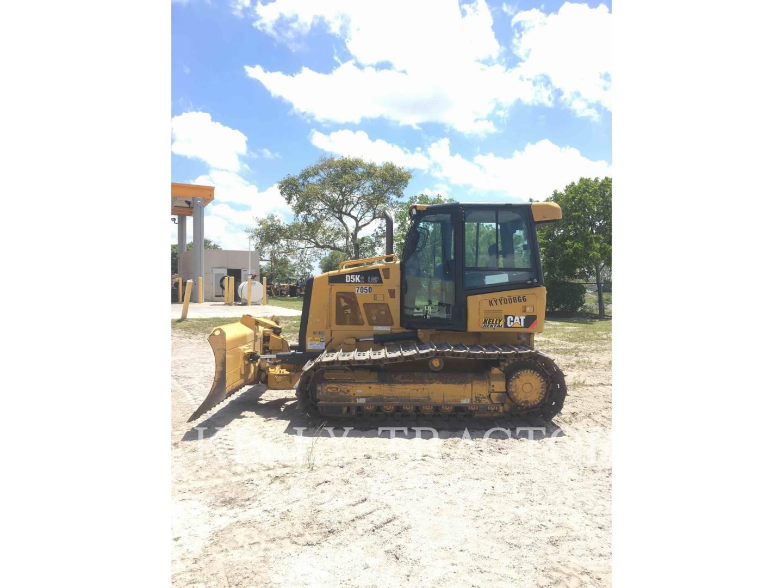 Detail photo of 2014 Caterpillar D5K LGP II from Construction Equipment Guide