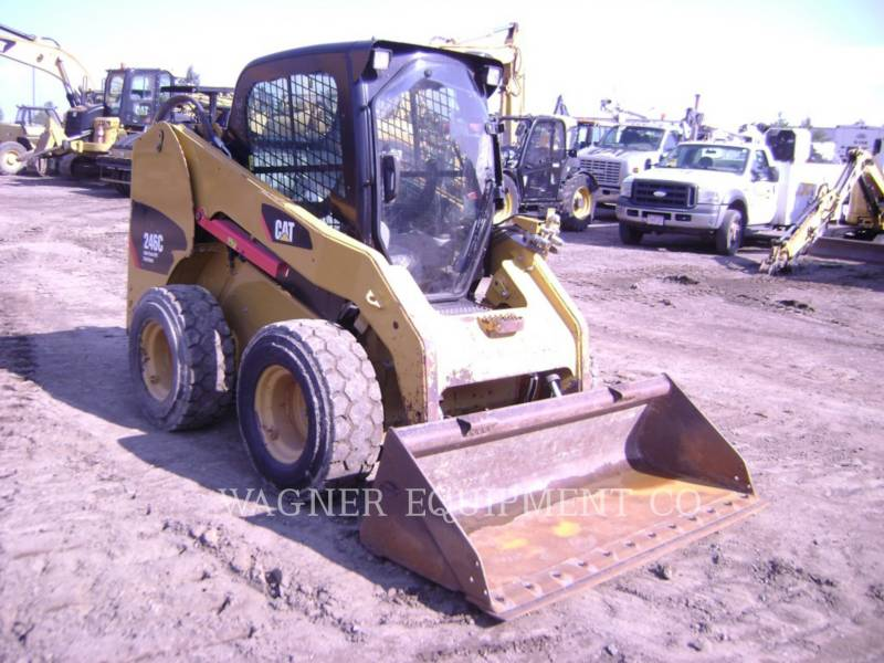 CATERPILLAR KOMPAKTLADER 246C equipment  photo 4