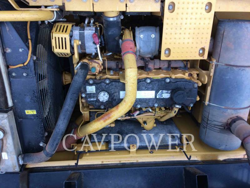 CATERPILLAR EXCAVADORAS DE CADENAS 329D equipment  photo 10
