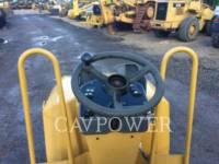 CATERPILLAR TANDEMVIBRATIONSWALZE, ASPHALT CB24 equipment  photo 11
