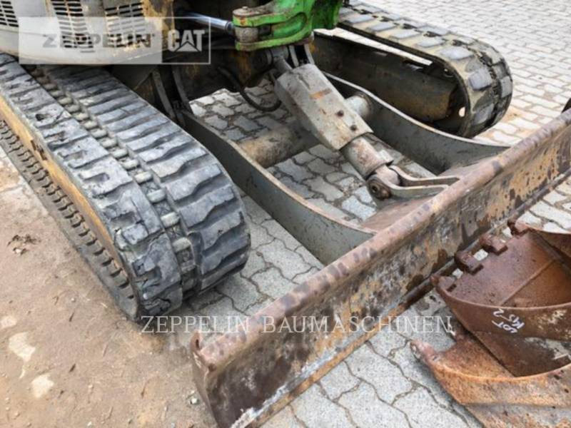 YANMAR TRACK EXCAVATORS VIO45 equipment  photo 5