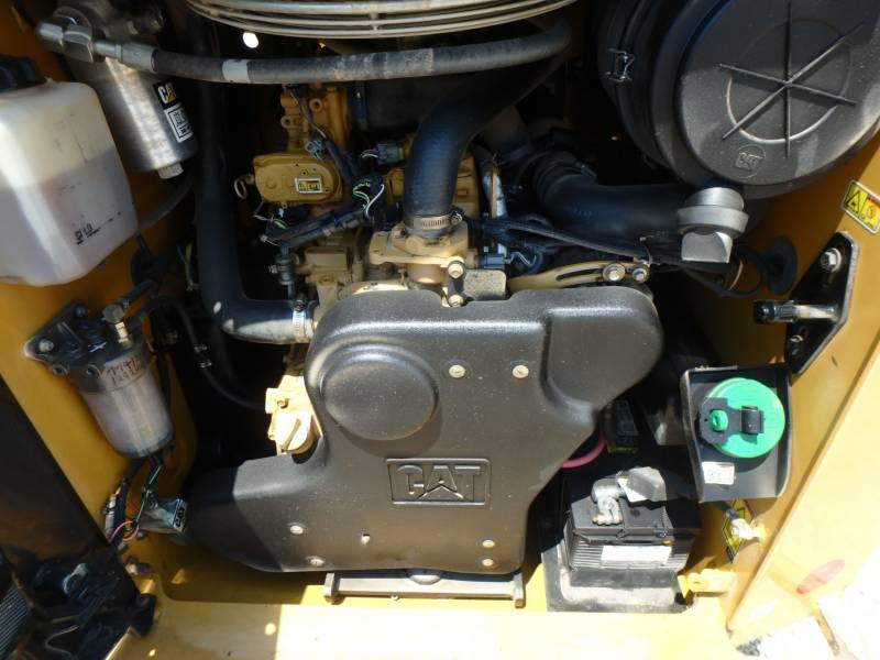 CATERPILLAR DELTALADER 299D equipment  photo 12