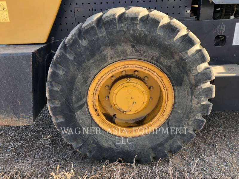 SHANDONG ENGINEERING MACHINERY CO. LTD VIBRATORY SINGLE DRUM ASPHALT SEM8220 equipment  photo 16