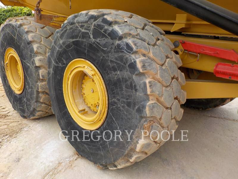 CATERPILLAR CAMIONES ARTICULADOS 740B equipment  photo 22