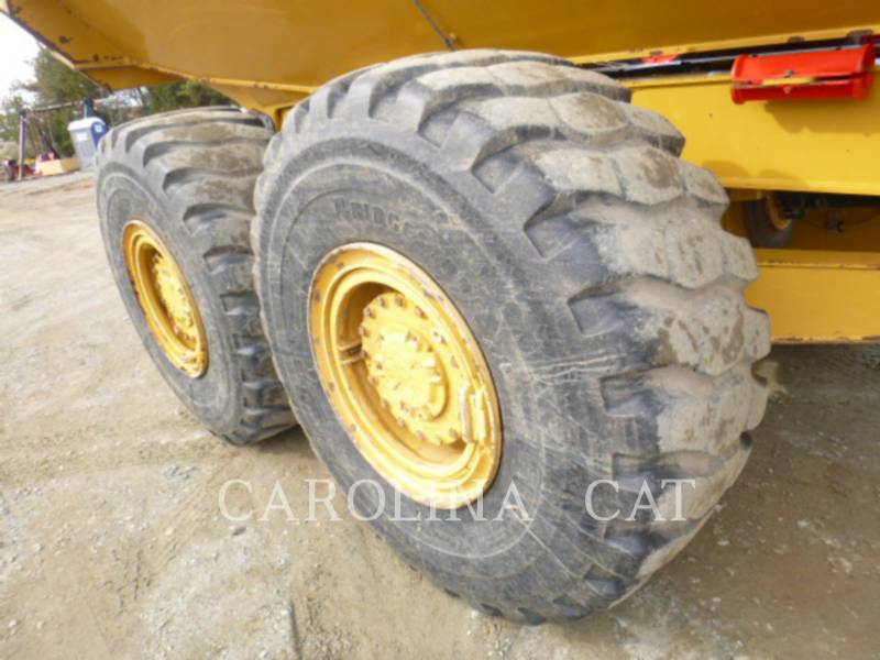 CATERPILLAR DUMPER ARTICOLATI 725C equipment  photo 11