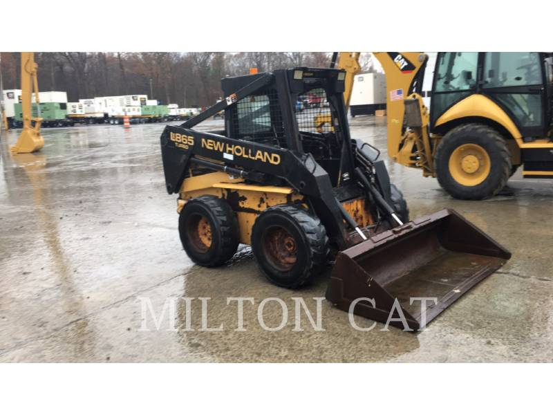 NEW HOLLAND LTD. SKID STEER LOADERS LX865 equipment  photo 2