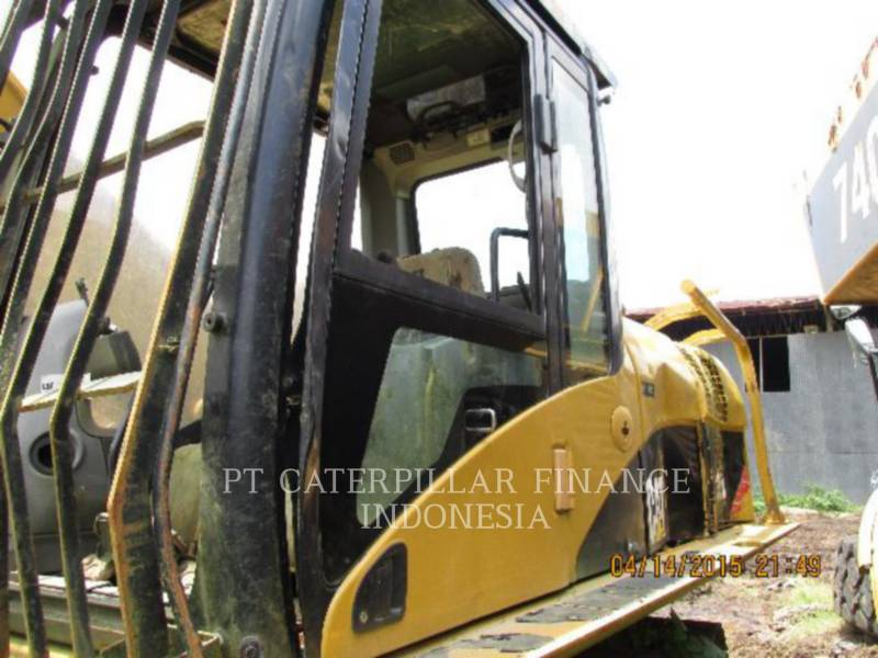 Caterpillar EXCAVATOARE PE ŞENILE 320D equipment  photo 8