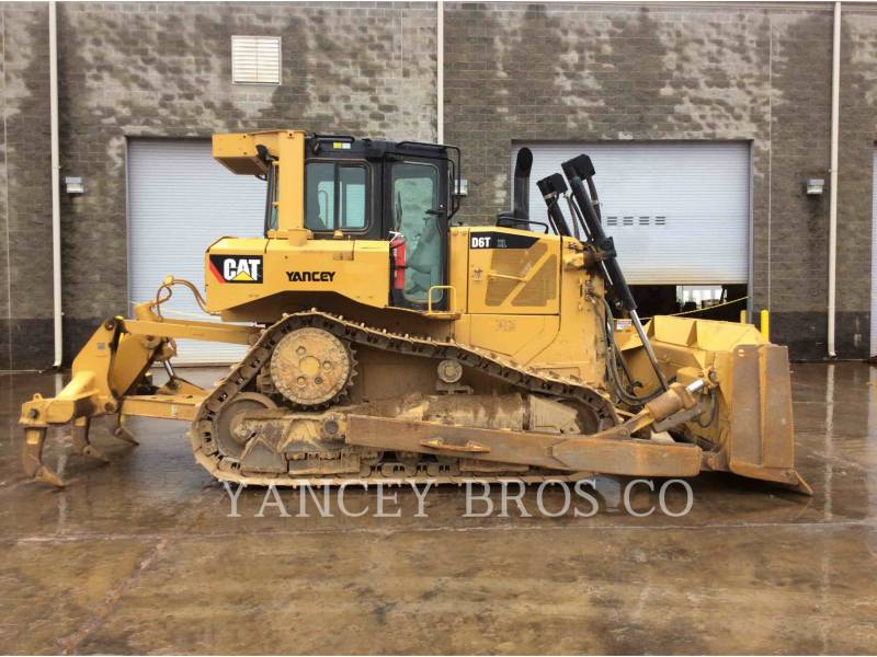CATERPILLAR KETTENDOZER D6T XL equipment  photo 9
