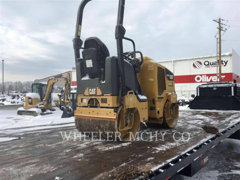 CATERPILLAR ASPHALT PAVERS CB14B equipment  photo 3